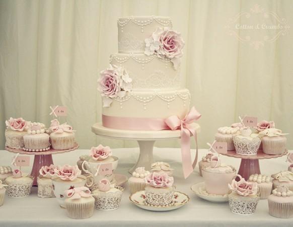 Erste Hochzeit des Jahres und natürlich hatte es zu schneien, so dass die Lieferung war ein Alptraum! x