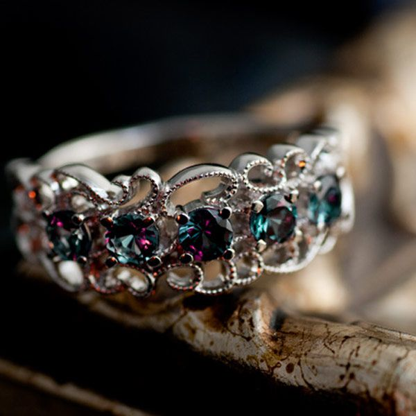 Alexandrite Like Color Change Garnet Lace Work Ring
