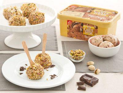Ricette natalizie: Lollipop di gelato con granella di cioccolato secondo Algida