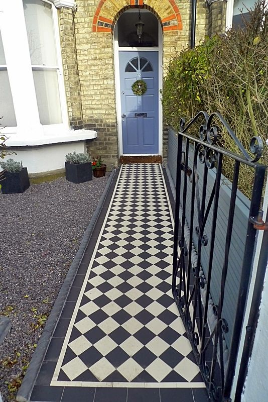 classic-100-victorian-black-and-white-tile-path-front-garden-london-balham.jpg 534×800 pixels
