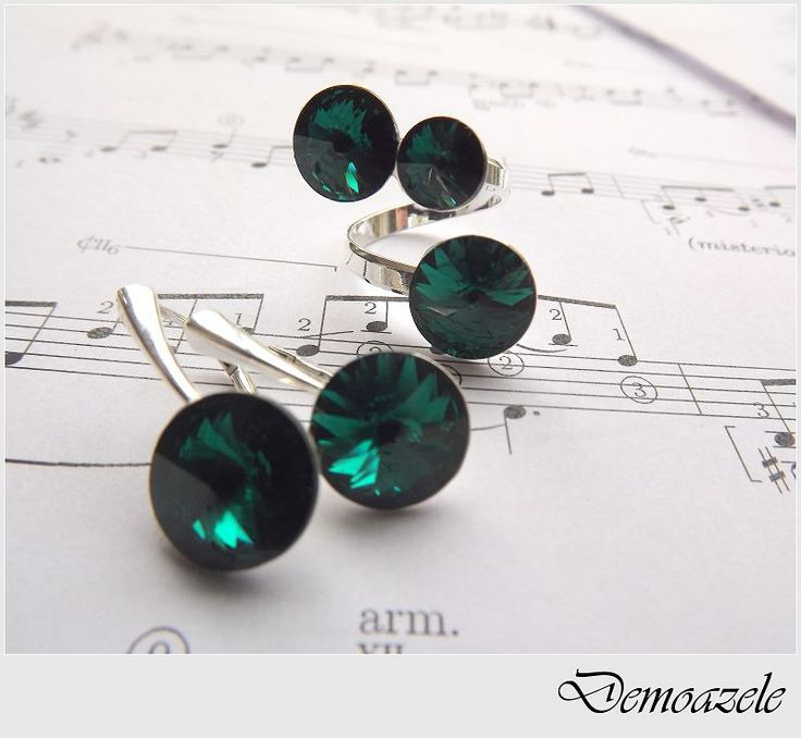 Emerald Lady (135 LEI la DemoazeleArt.breslo.ro)