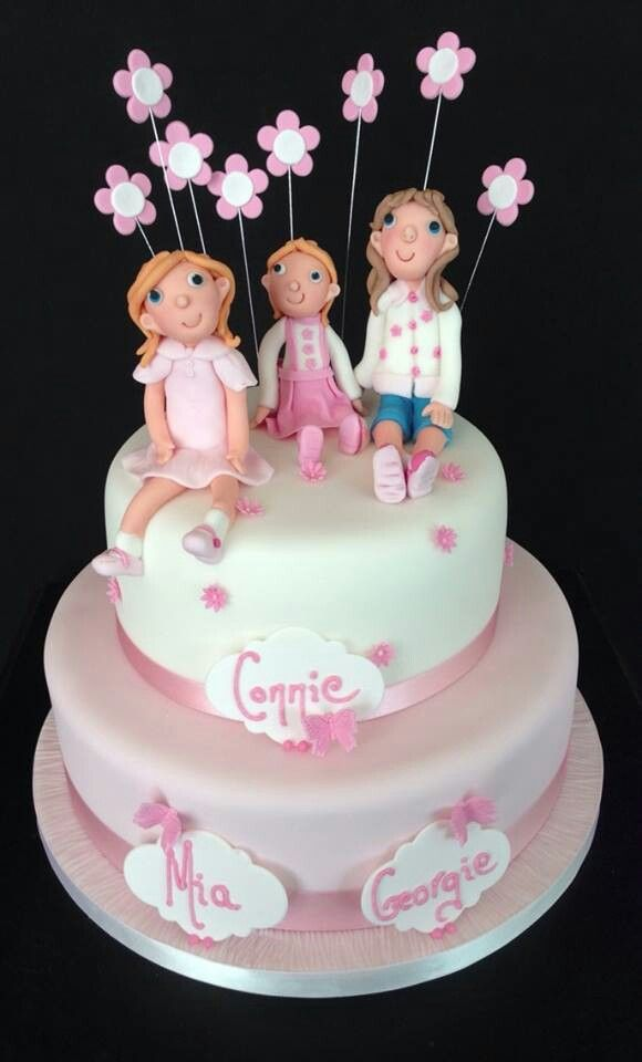 I really enjoyed making this triple Christening Cake all pinky/girly and modelling the little figures.