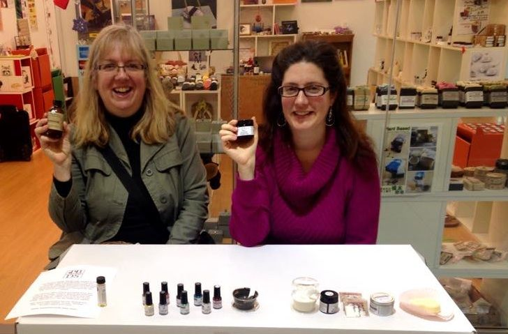 The Canadian Collective: In The Spotlight: Michelle and Caron from Two Blooms Design Studio