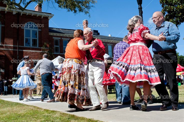 depositphotos_38123963-Senior-citizens-square-dance-at.jpg (1023×682)