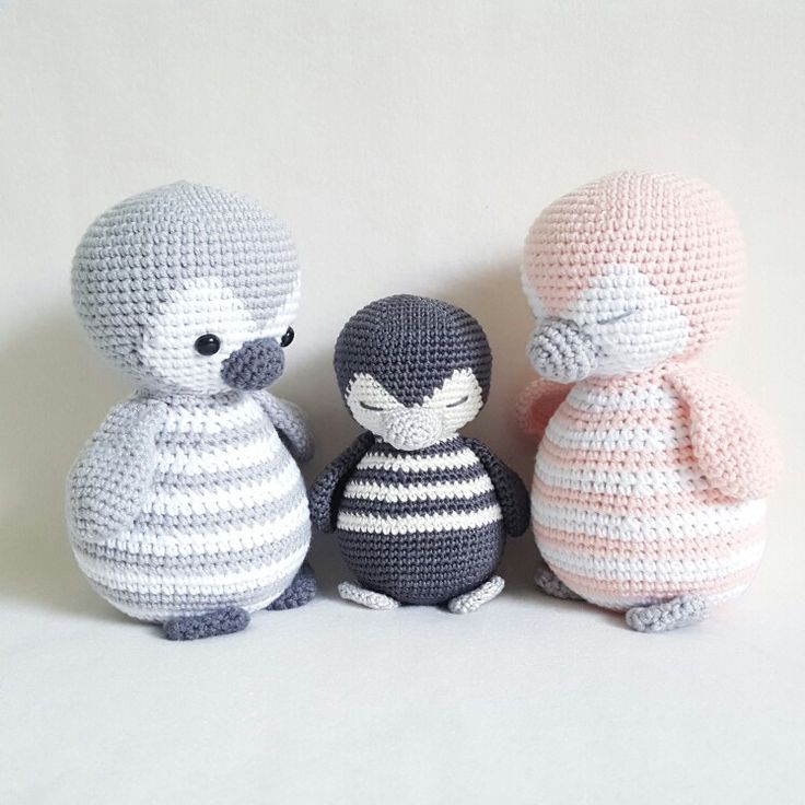 Amigurumi Penguin Pattern : 25+ best ideas about Crochet penguin on Pinterest ...