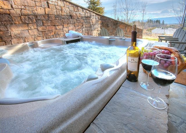 Teton Village Vacation Rentals |  Luxurious townhome in the heart of the Jackson Hole Ski area. This property is nestled in aspens atop a knoll with panoramic views. Enjoy the view of several mountain ranges and the mountain resort. It is a short walk to the Tram and back.
