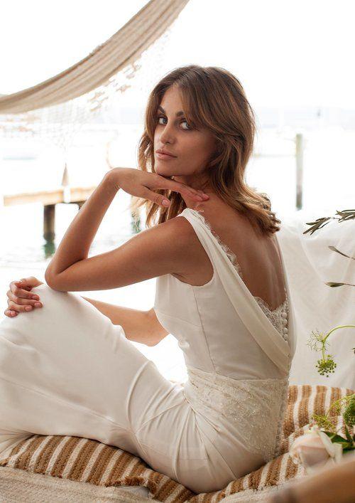 JENNIFER GO BRIDAL // The Nightingale Gown