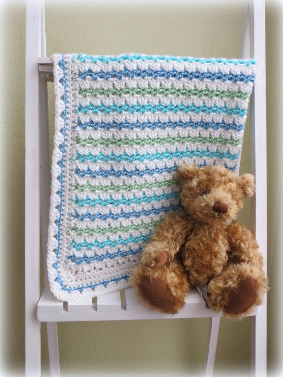 Sweet, simple and easy to make crochet baby blanket pattern. Little waves of color and cute edging accent this baby blanket. It would be a lovely and welcome gift for a lit... #pattern