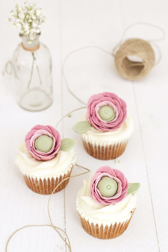 how to make fondant buttercup flowers