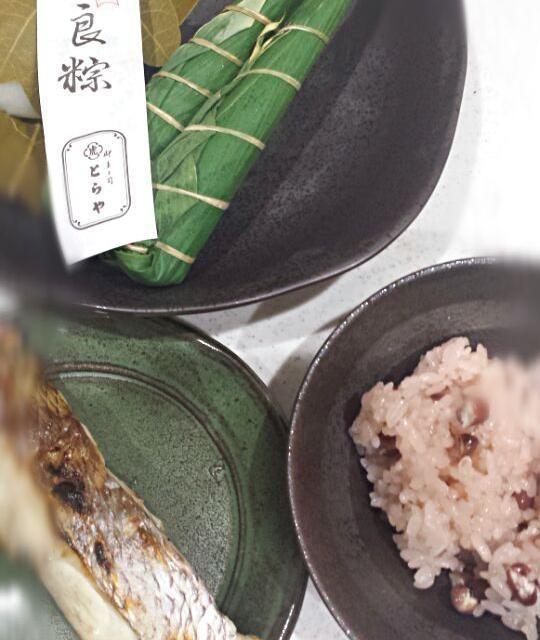 作ったのはお赤飯だけです(^o^;) - 31件のもぐもぐ - 初節句なのでお赤飯(^-^) by chiyopooh0223