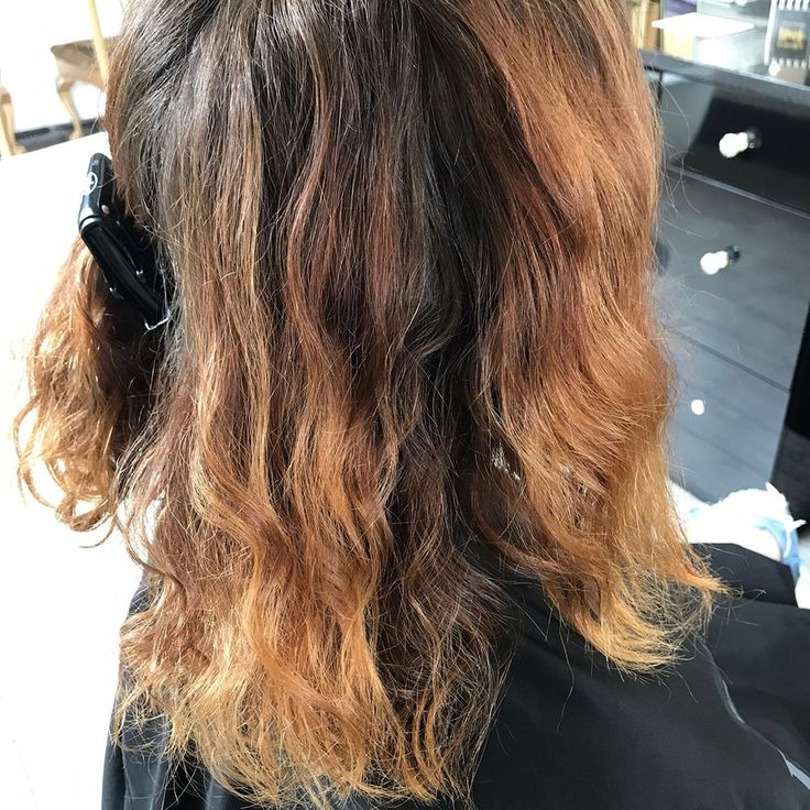 Brass is never in season!  Come into @hushsalonchicago this week and refresh your color! I'm offering 25% OFF for my first time guests at the salon! And on WEDNESDAYS ONLY I'm offering a complimentary deep condition with any color service! Message me if you have any questions��. #hushlifebeauty #hairstylist #haircolor #lincolnpark #haircolor #hushsalonchicago #blonde #chicagosalon #salon #chicago #colorist #cosmetology #hair #hairart #hairartist #haircut #salonchicago #manicure #pedicure…