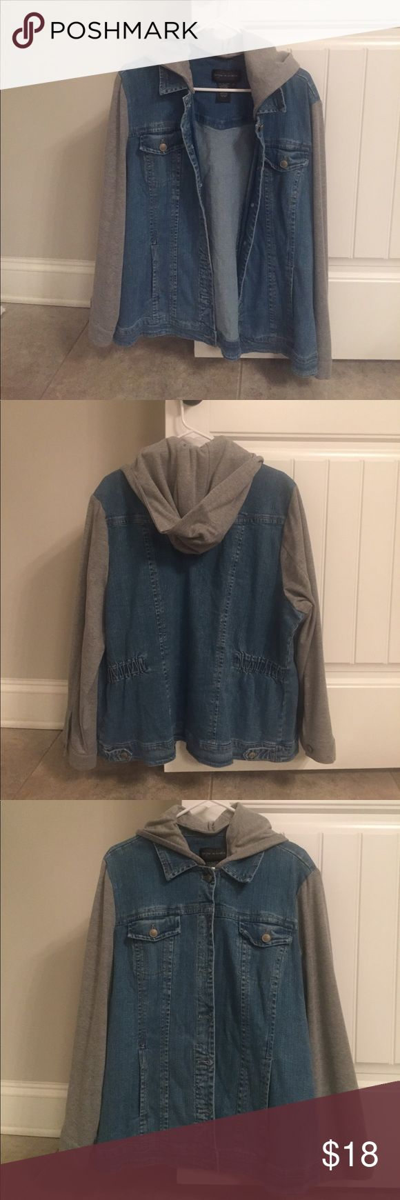 Jean Jacket with removable hood NWOT Excellent condition jean jacket with sweatshirt hood and sleeves. Hood detaches via buttons and jacket has two hand pockets and chest pockets that button. Bought from Asos Curve and never worn ASOS Curve Jackets & Coats Jean Jackets