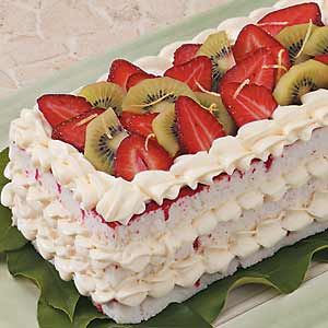 The Pampered Chef. Strawberry Cheesecake Torte Recipe-Original recipe calls for a box of pound cake instead of angel food cake.