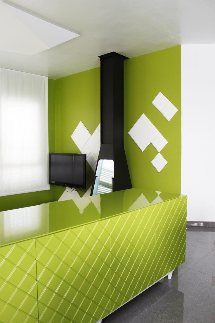 Ideas de Casas de Comedor, Sala de la TV, Salon, estilo Vanguardista diseñado por ALBERT SALVIA dissenyador d'interiors Decorador con #Estanterias #Almacenamiento #Muebles de TV  #CajonDeIdeas