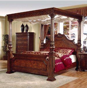 Cherry Wood Queen Canopy Bedroom Set Beautiful