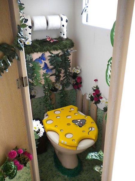 les 32 meilleures images propos de 31 id es pour des toilettes originales sur pinterest. Black Bedroom Furniture Sets. Home Design Ideas