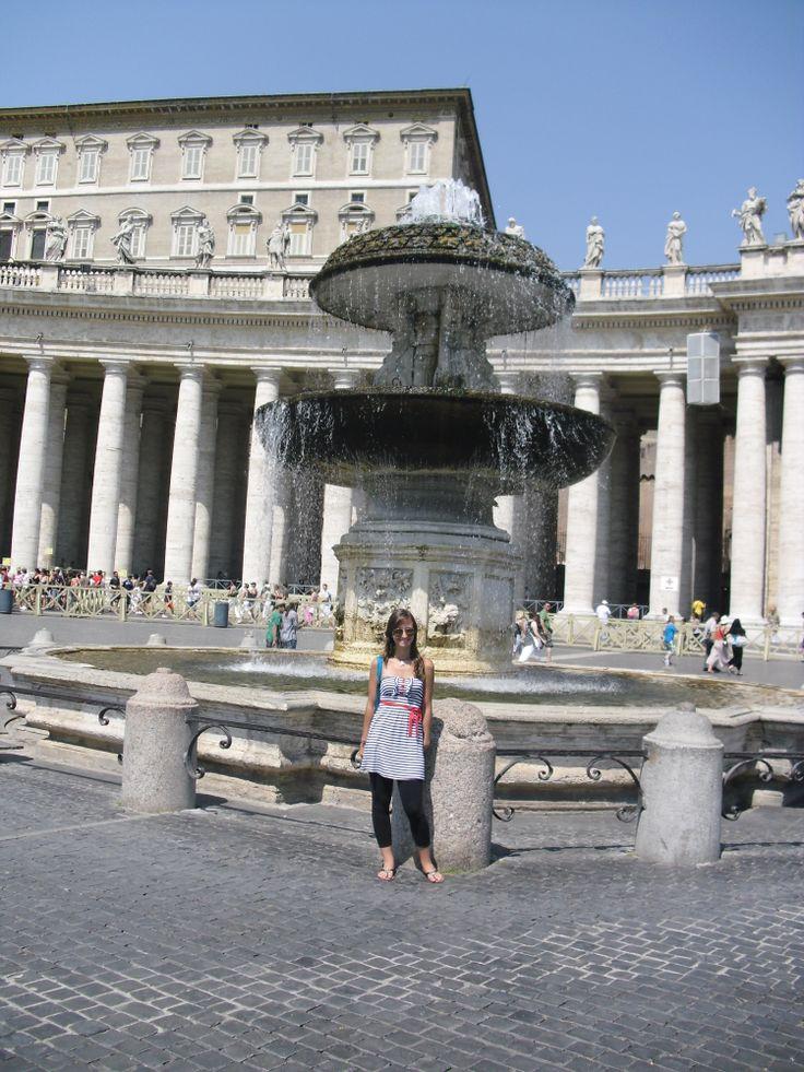 Piazza San Pietro, Il Vaticano