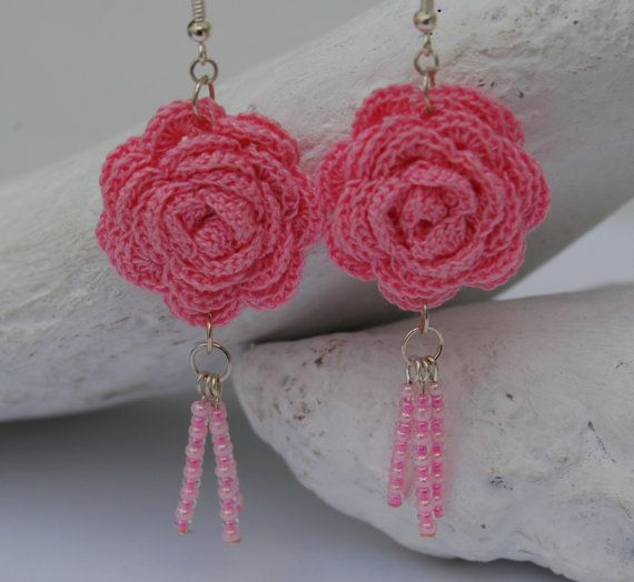Crochet earring jewelry Large crochet earring Pink by lindapaula, €12.00