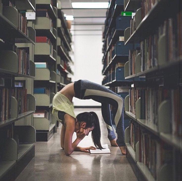 pingl par stephanie sur yoga licious pinterest gymnastiques yoga et sophrologie. Black Bedroom Furniture Sets. Home Design Ideas