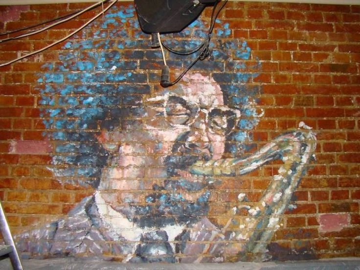 Pictura murala, acrilic pe caramida