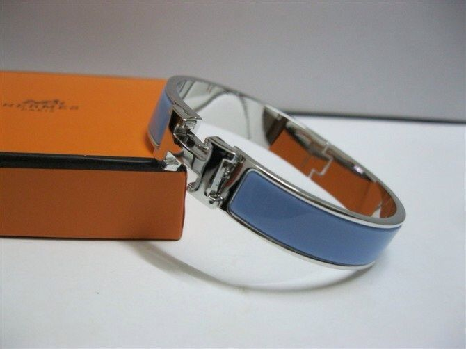 Hermes H bracelet. Only silver but feel free to buy it for me in blue, grey, orange or pink. www.heremes.com