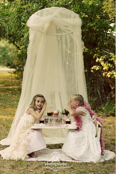 If I do ever have girls, this is a great idea for a play-date or a birthday party. Garden tea party.