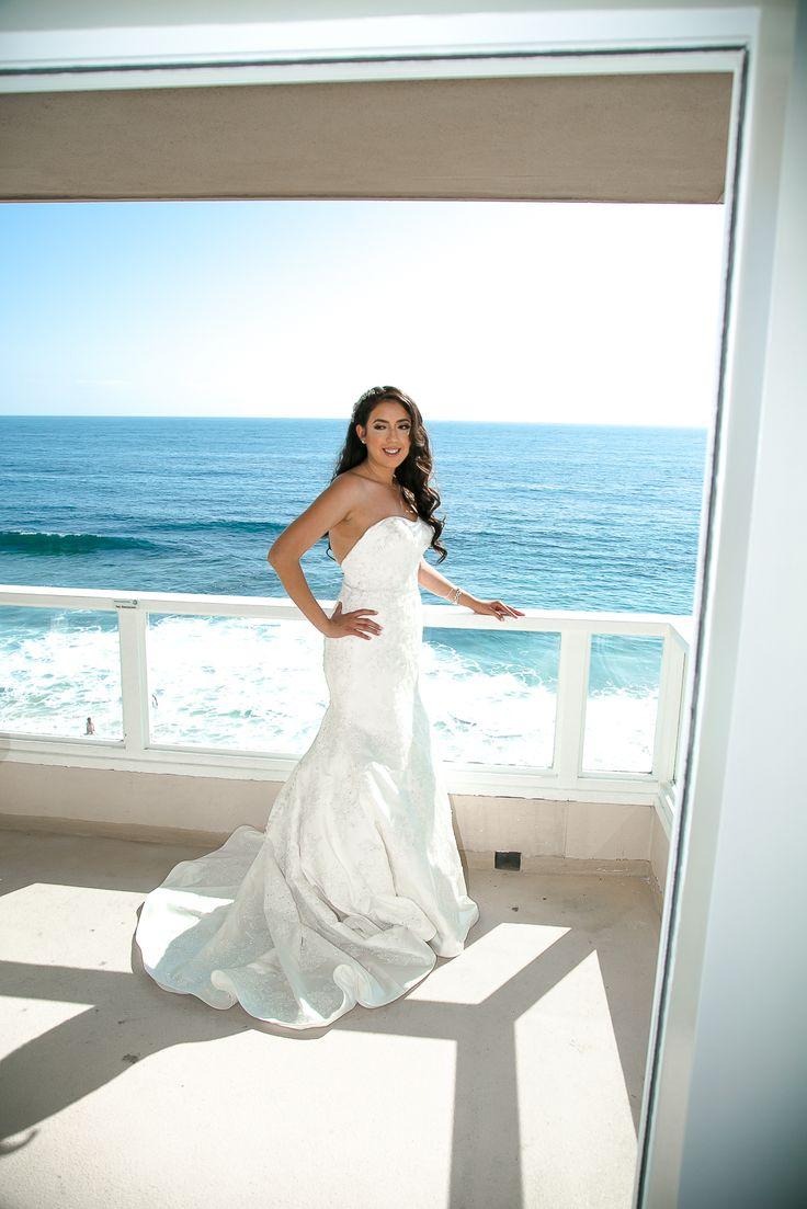 Oleg Cassini mermaid style wedding dress from Davids' Bridal. Location Laguna Beach. True Honest Fashion: My Wedding Day ~ Part 1