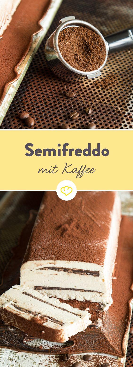 Mit diesem köstlichen italienischen Halbgefrorenen Eiskuchen bekommst du alles in einem Stück: Kaffee, Sahne und Schokolade!