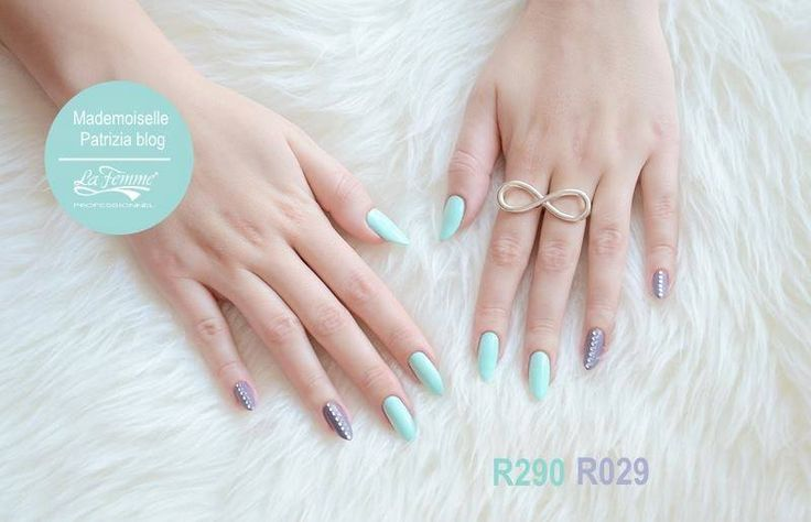 Elegant styling ispirato alla #Menta. #SmaltoIbrido #GelPolish #OneStepGel #Manicure #LaFemmeProfessionnel #Blogger #FollowMe #GlamManicure #Nails #SmaltoGel #Mint #Spring #Happy #Mani #3in1Gel #OneStep #Nail #pickoftheday #follow4follow #NailArt #Smalto #Smalti #f4f #Fashion #Must #Glamour #Instalike #Instagood #Girl