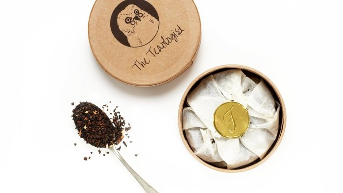 Bespoke Coconut Chai Tea via The Teaologist - Chai is my favorite and I love coconut. Must try!: Chai Teas Mmmmmm, Bespoke Coconut, Beautiful Teas, Chai Teas Sounds, Luxury Products, Healthy Food, Lifestyle Products, Coconut Chai, Chai Teammm