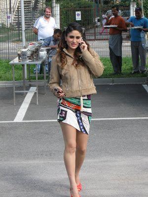 Sexy Kareena Kapoor Thighs Show