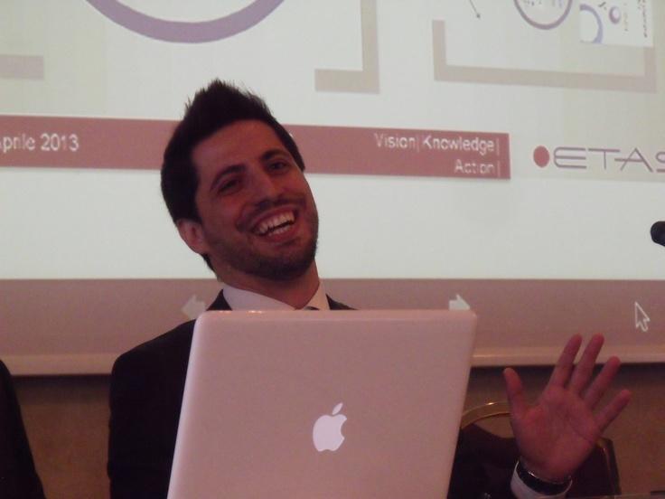 Luis Alvarez, i progetti per i giovani
