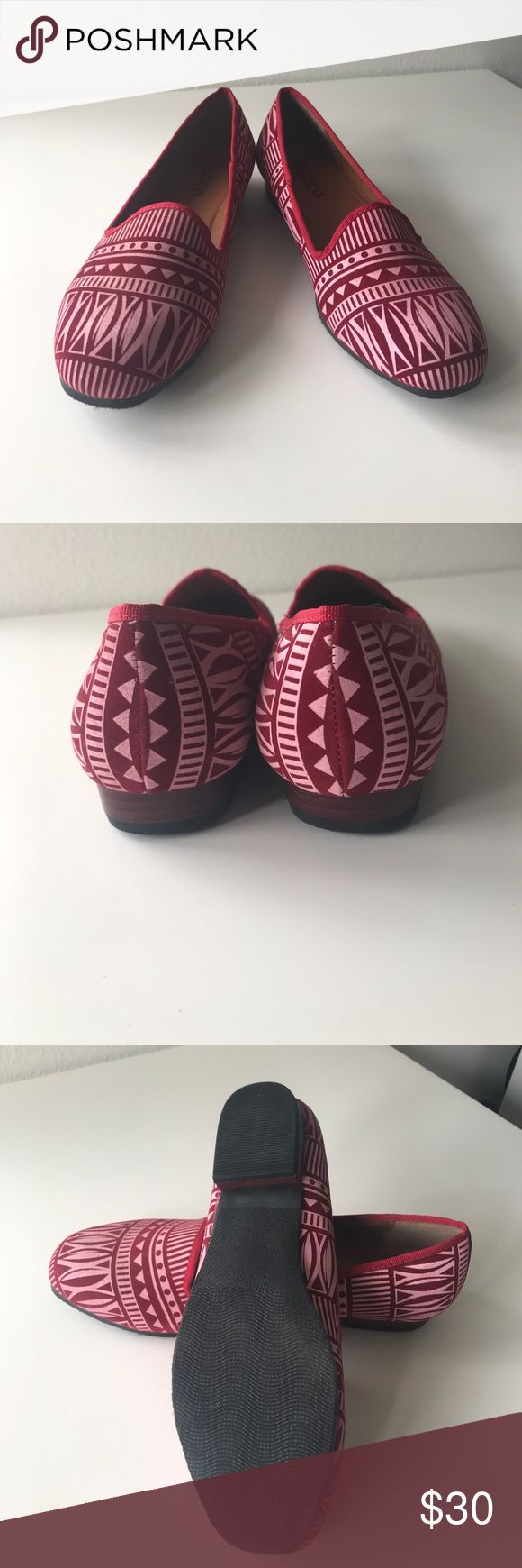 Red Aztec flats PRICE FIRM UNLESS Bundled. 10% off bundles. In like new condition. Red Aztec print. Find this at Nordstrom. 1010 Bucco Shoes Flats & Loafers