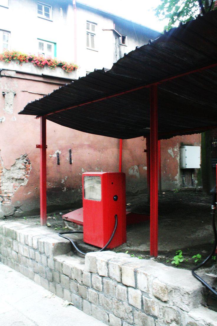 stacja benzynowa przy Państwowej Straży Pożarnej w Bytomiu  ul. Strażacka