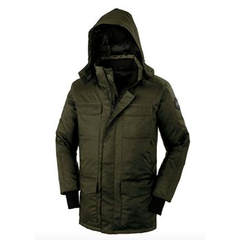 https://ashleyweston.com/mens-fall-winter-essentials/fall-winter-coats-jackets-men-parkas/attachment/canada-goose-windermere-green-ashley-weston-2/