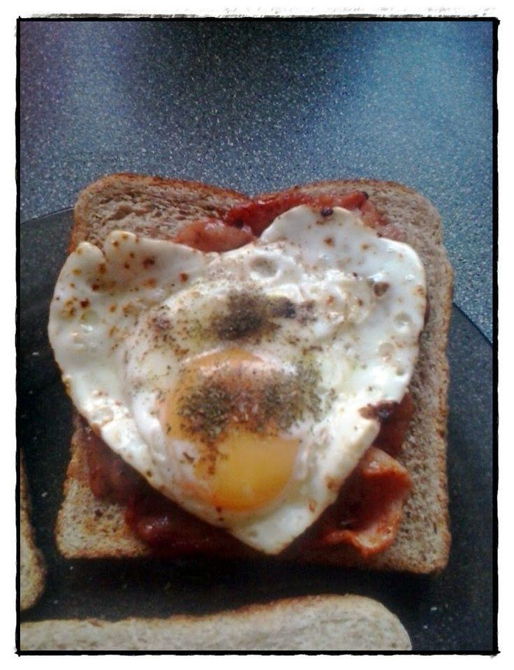Kuchnia Borsuka: Angielskie śniadanie czyli jajka na bekonie
