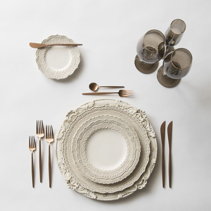 Antique White Verona Charger + White Lace Dinnerware + Moon Flatware in Rose Gold + Bella Gold Rimmed Stemware in Smoke   Casa de Perrin Design Presentation