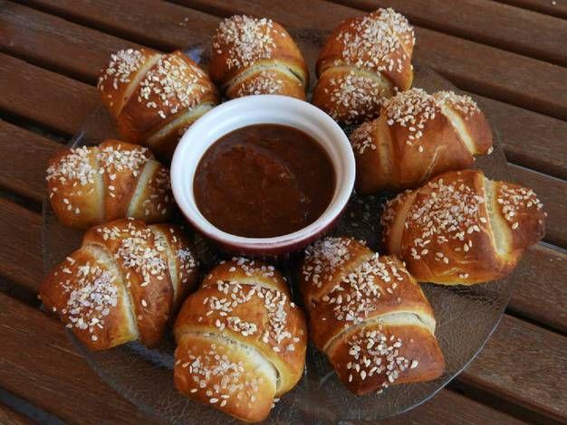 Pretzel λουκανικοπιτάκια #cookpadgreece