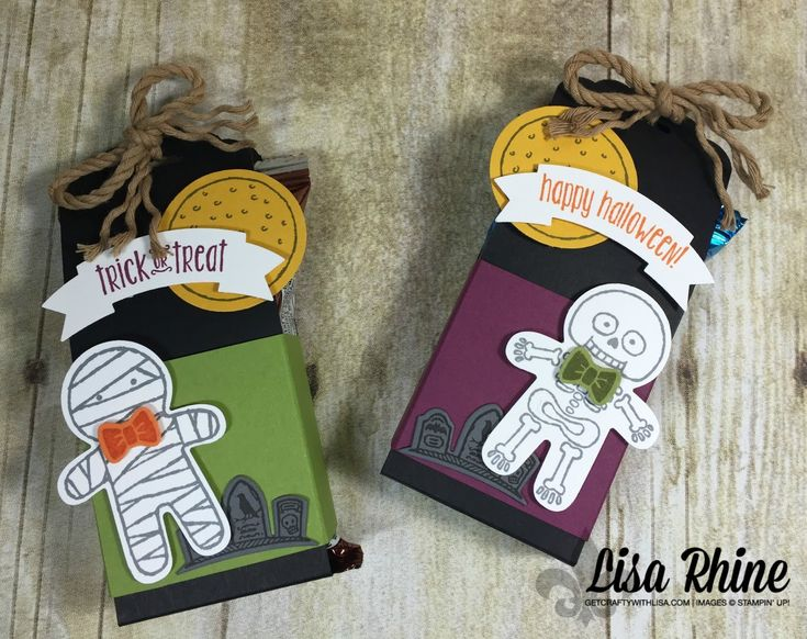 Get Crafty with Lisa:  Cookie Cutter Halloween Treat Wrapper.  This treat wrapper features Cookie Cutter Halloween Stamp Set, Cookie Cutter Builder Punch, Spooky Fun Stamp Set and Halloween Scenes Edgeless Dies, by Lisa Rhine, www.getcraftywithlisa.com