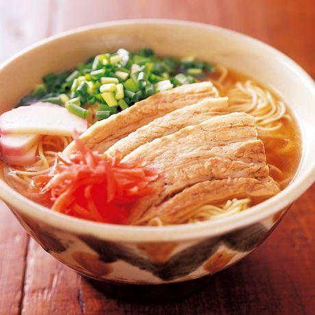 沖縄そば風ラーメン   コウケンテツさんの角煮・煮豚の料理レシピ   プロの簡単料理レシピはレタスクラブニュース