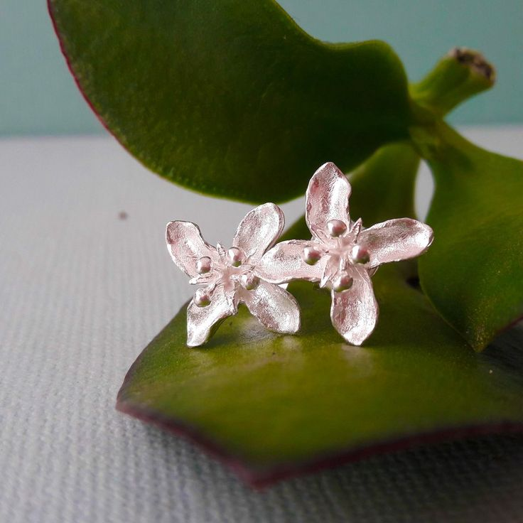 Sterling Silver Lilly Studs