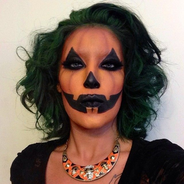 I decided to turn into a #poshpumpkin . Aztec Skull Bib Necklace by @ikandycouture