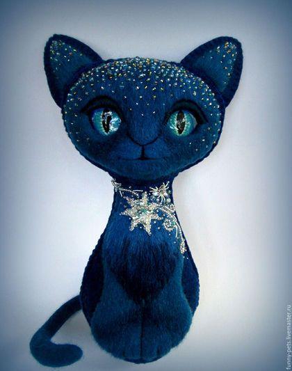 Felt toy cat / Игрушки животные, ручной работы. Ярмарка Мастеров - ручная работа. Купить Игрушка Кошка. Колкие звёзды (резерв). Handmade. Кошка