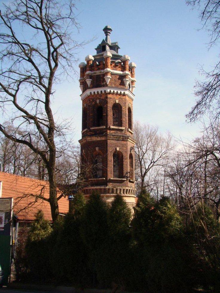 Wieża ciśnień w Krakowie, przy pałacu Jerzmanowskich.