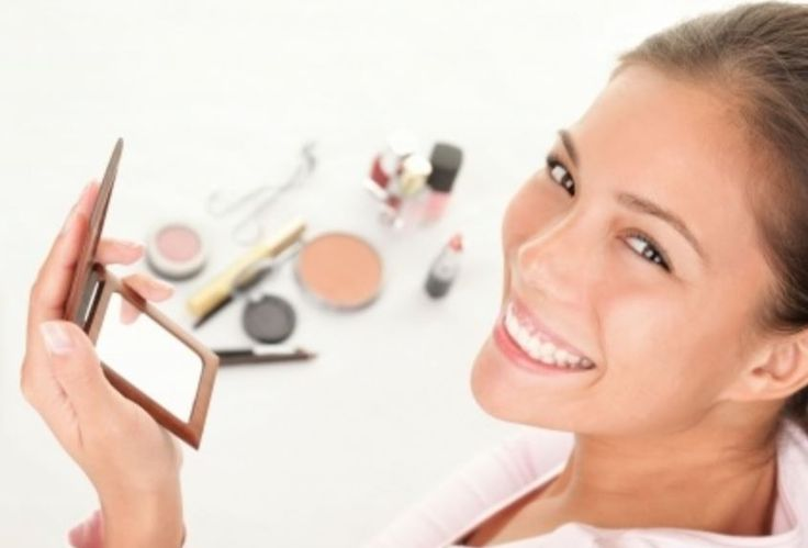 Did you know that we give make-up lessons, as part of our pamper collection? Apply like a pro...