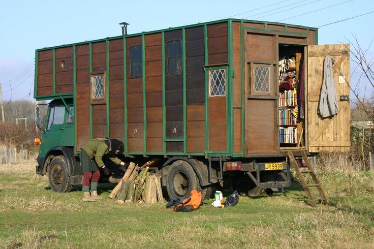 Rima's horsebox rolling house The Hermitage Inspirations from the super funky Crystal Vintage shop in a converted horsebox featured on George Clarke's Amazing Spaces. http://mycoolhomepage.com/chloes-tips-on-buying-vintage-clothing-owner-of-the-amazing-spaces-horsebox/
