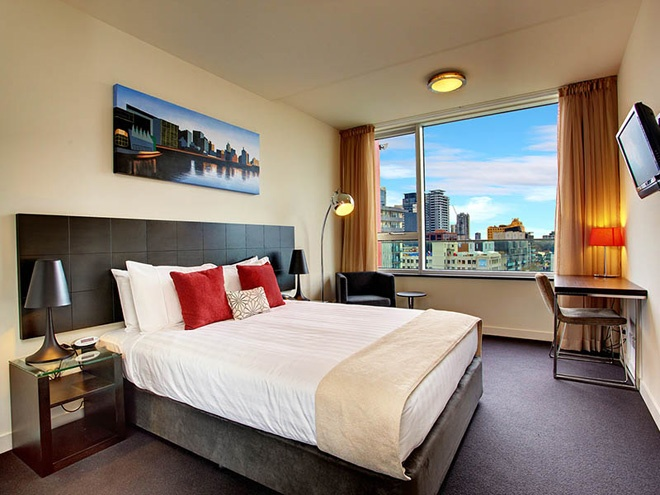 #Holiday_Accommodation_In_Melbourne_City Central Sky Lounge Apartments http://www.ozehols.com.au/947