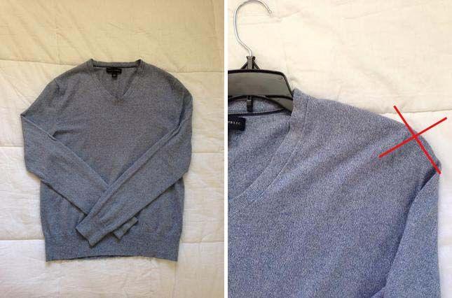 Väčšina ľudí zvykne svetre vešať ako košele alebo tričká, ale ich hmotnosť a pružnosť však nie k tomu prispôsobená. Preto nám na ramenách vznikajú hrbole