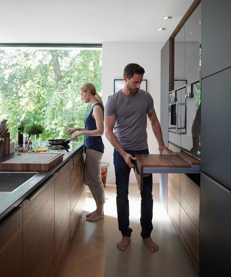 Cucina in legno massello black line con piano estraibile