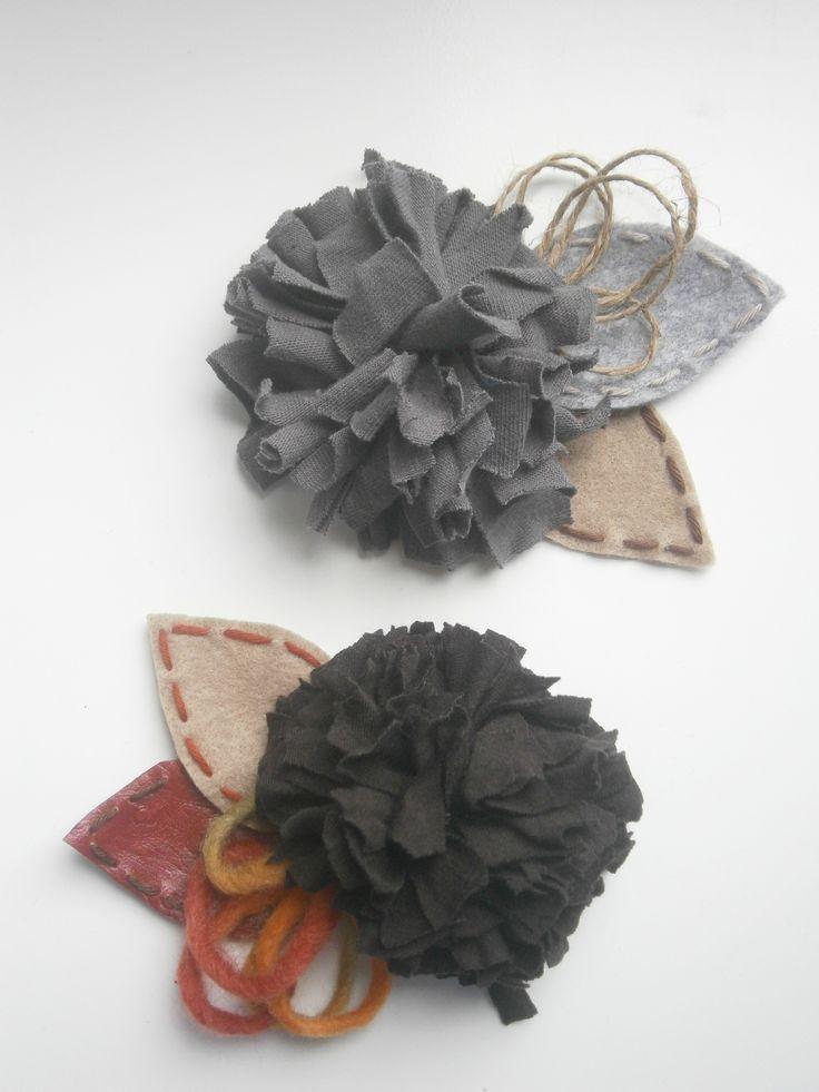 brooches-Black-grey cloth